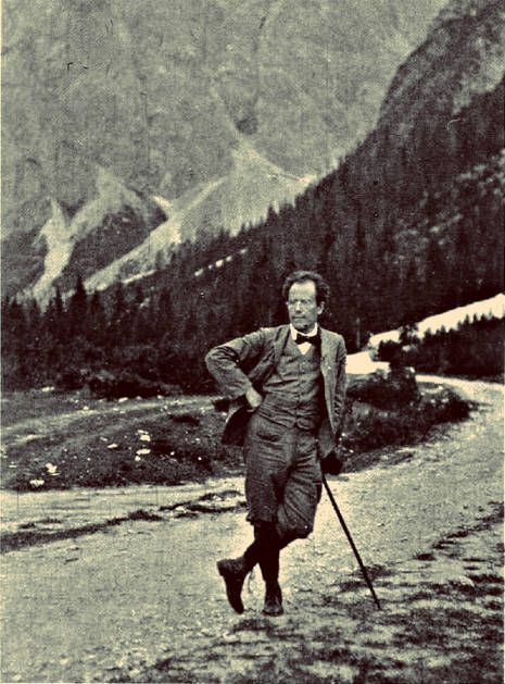 mahler hiking