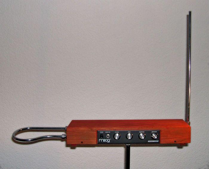 theremin unusual music instrument