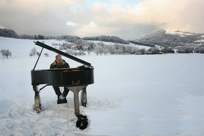 unusual piano snow