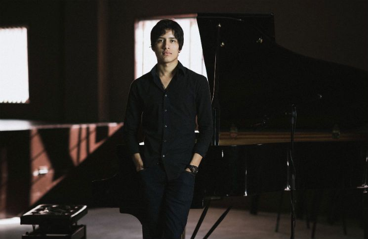 Alejandro Karo Online Piano