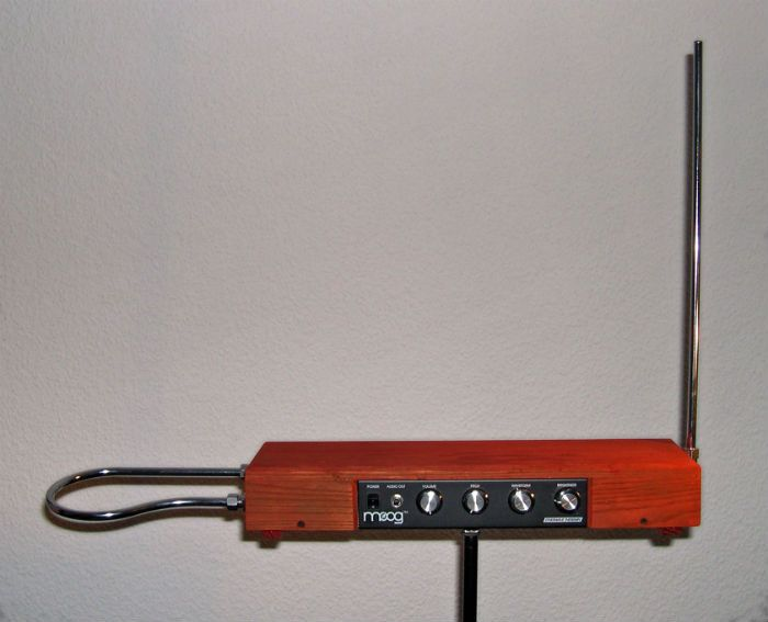 theremin unusual music instrument