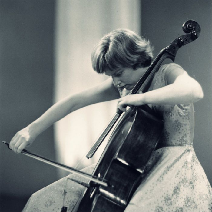 The opening chords of Elgar's Cello Concerto, played by Jacqueline Du Pré